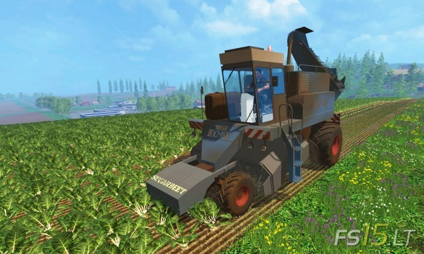 KS-6B-Sugarbeet-Harvester-Dirt-1