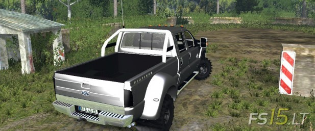 Ford-F-450-Off-Road-2
