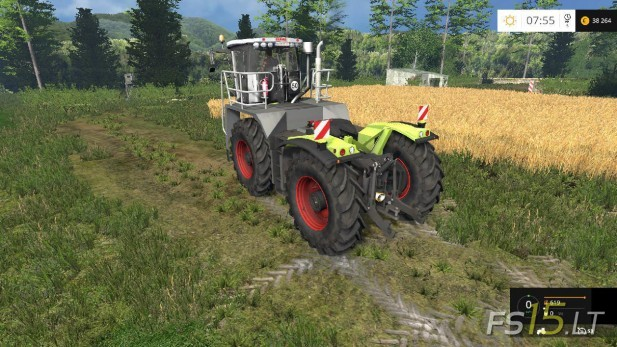 Claas-Xerion-3800-Saddle-Trac-2