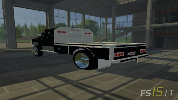 Ford-F-650-Flatbed-2