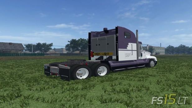 Freightliner-FLD-120-2