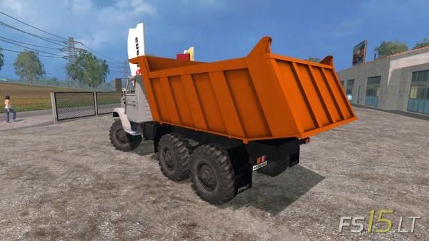 Zil-4331-Sovok-2