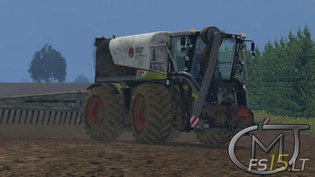 Claas-Xerion-4000-Saddle-Trac