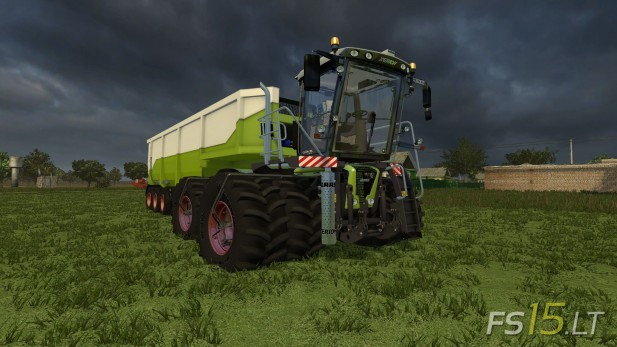 Claas-Xerion-Saddle-Trac-3800-1